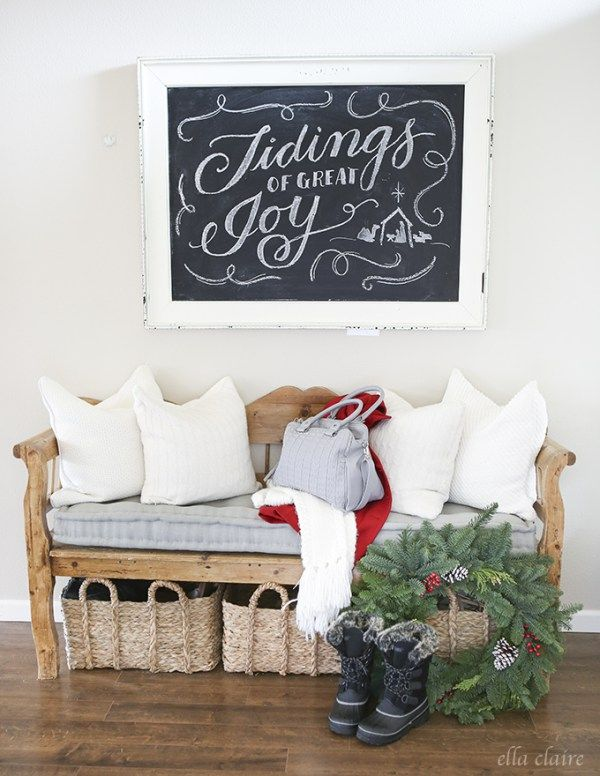 Christmas chalkboards and 10 things you need for a farmhouse Christmas | DuctTapeAndDenim.com