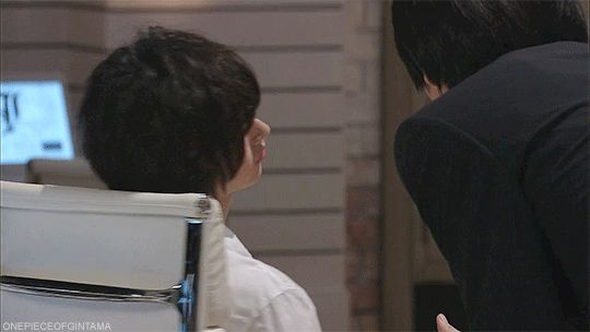 "L, ""BAAAAAAAANG!!!"", Ep.2, 07/12/'15 Kento Yamazaki, J drama series ""Death Note"". [Ep. w/Eng. sub] http://www.dramanice.tv/drama/death-note-japanese-drama--detail"