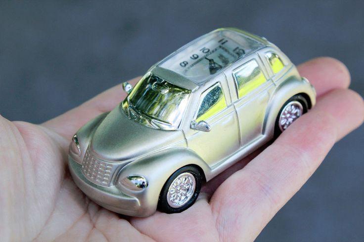 Miniature Silver Tone PT Cruiser Car Clock QUARTZ Elgin Mini Small Collectable