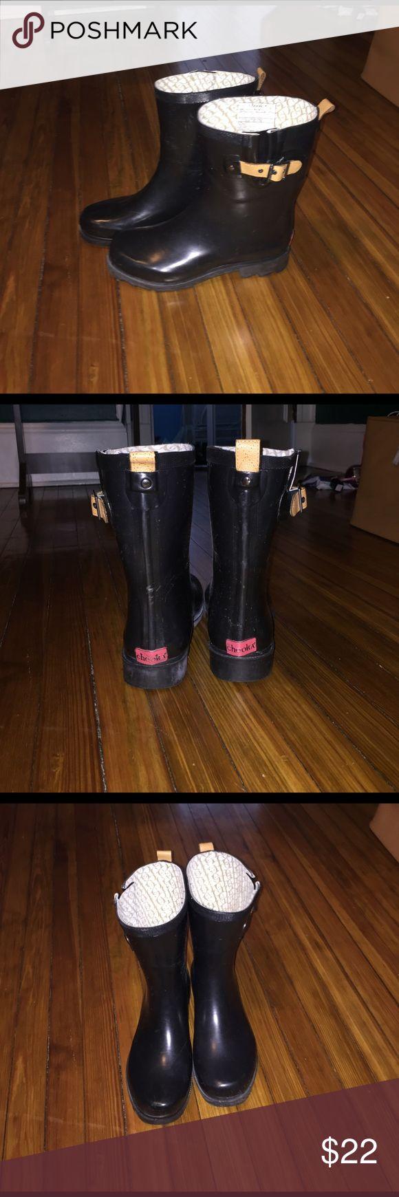 """Short 9"""" Chooka rain boots! Worn twice! Short 9"""" Chooka rain boots! Worn twice! chooka Shoes Winter & Rain Boots"""