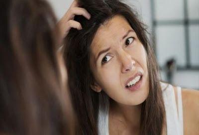 ΥΓΕΙΑΣ ΔΡΟΜΟΙ: Ποιά συνήθεια μας οδηγεί στην απώλεια των μαλλιών