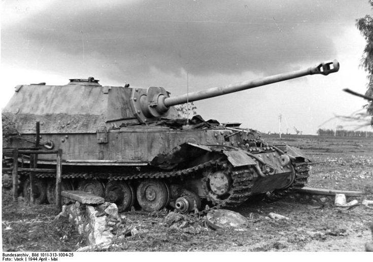 "Bundesarchiv Bild 101I-313-1004-25, Italien, Panzer ""Elefant"" - Elefant (Jagdpanzer) – Wikipedia"