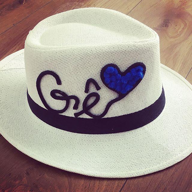 7be3a0180 Chapéu Panamá com aba média e bordado na copa 😉 . Compras pelo direct ou  watts