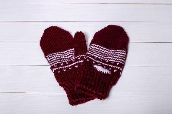Hey, I found this really awesome Etsy listing at https://www.etsy.com/listing/505528945/knit-winter-mittens-knit-wool-gloves