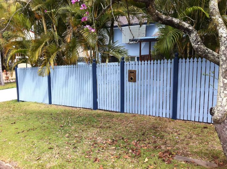 """""""Painter brisbane"""" - We focus on customer service and delivering a perfect finish, which enables us to grow based on continued referrals. Call us for more details; 0402 468 741 or send us the enquiry.or Email:gabi_tarau@hotmail.com  Address :  3 Ridgevale Blvd, Holmview,  QLD 4207, Australia http://www.painterbrisbane.net 0402 468 741"""