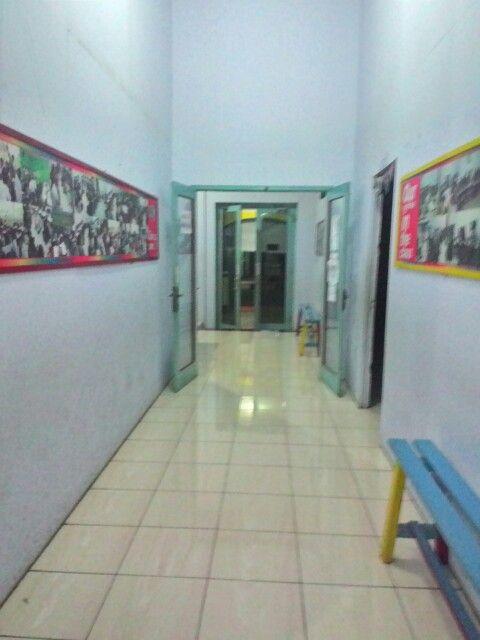 Koridor sekolah.. going home...