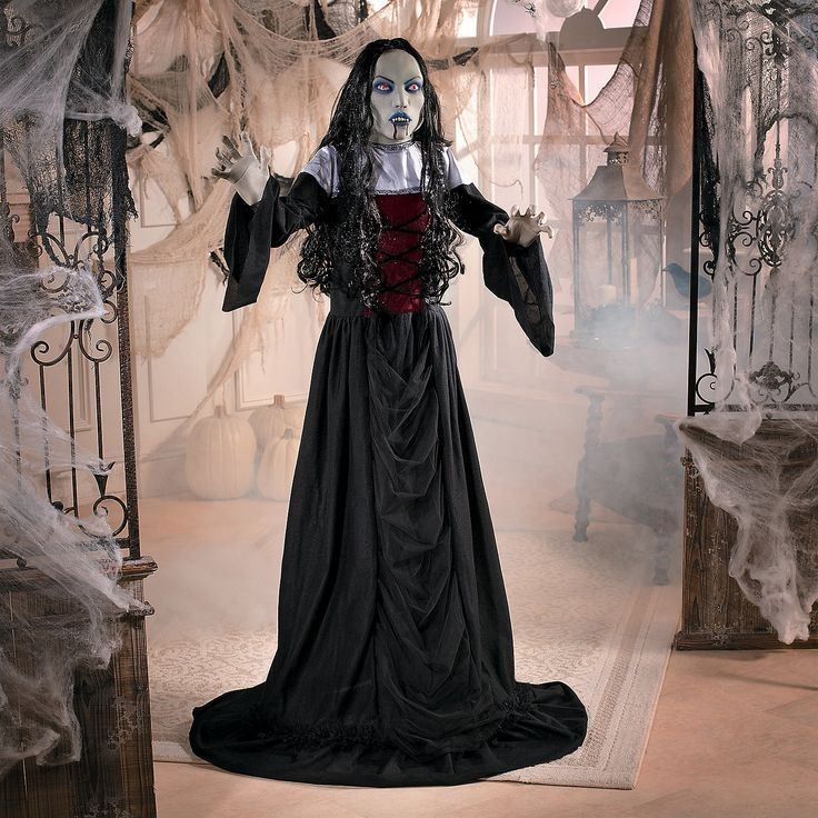 goth vampire lady - Vampire Halloween Decorations