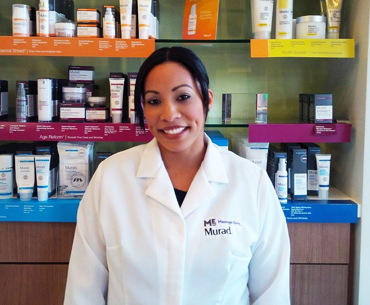 "#featurefriday Employee Feature: Meet Leisha, our Lead #Estheticians at our #PearlCity #Highlands #MassageEnvy #Hawaii location. #spa Leisha's best vacation she's been to is the Big Island. What she likes most about her position at Massage Envy is ""I love seeing results on my clients skin after our Murad Facials and seeing the home care regime and recommended products work specifically towards my clients."""