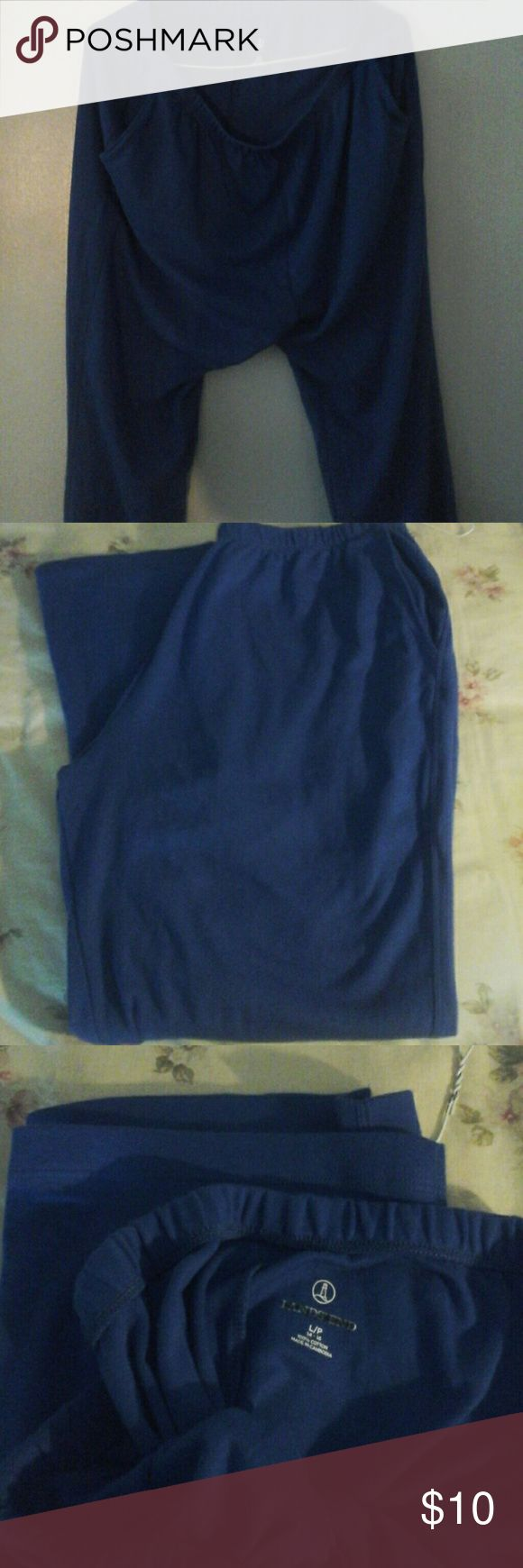 Lands end ladies 100% cotton  pants size Lgpetite Lands end Ladies royal blue, 100% cotton casual pants with pockets on each side. Elastic waist. Great for  indoors or outdoors. NWOT.  Size Large petite. Pants Boot Cut & Flare