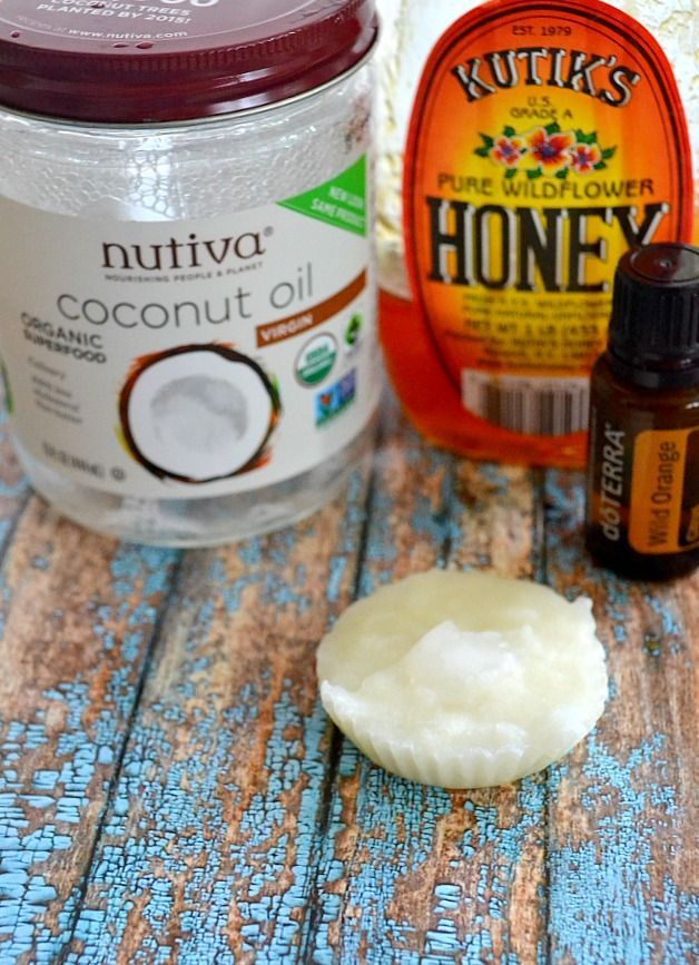 Best, easiest Homemade Face Moisturizer Recipe for ALL skin types  1/4 cup Coconut Oil. I get mine fromNutiva.1 tsp honey2-3 drops sweet orange oil (if you have oily skin, tea tree oil is a better choice, because it keeps pores unclogged)