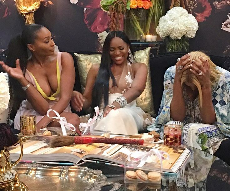 Nene Leakes Claps Back At 'Real Housewives Of Atlanta' Fans Who Mentioned Porsha Williams And Kenya Moore #KenyaMoore, #NeneLeakes, #PorshaWilliams celebrityinsider.org #Entertainment #celebrityinsider #celebrities #celebrity #celebritynews