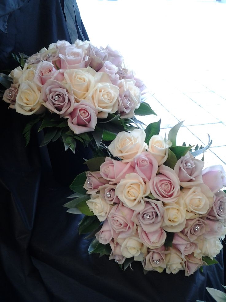 elegant and beautiful cream, pink and purple roses  www.flowerz.co.nz