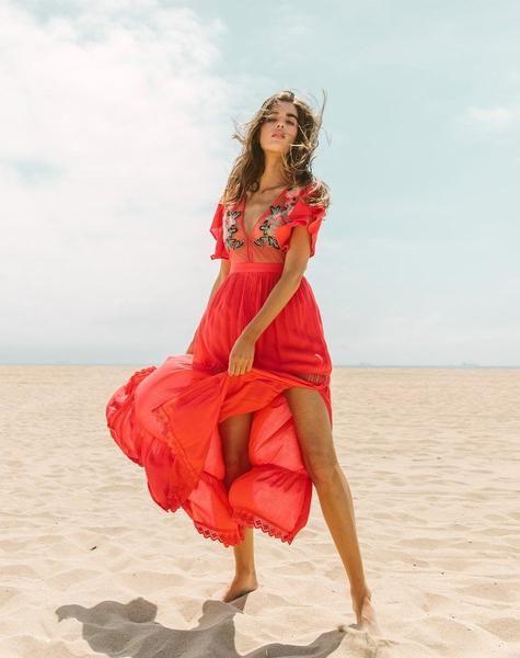 shop the amery maxi dress cleobella rotes kleid kleider