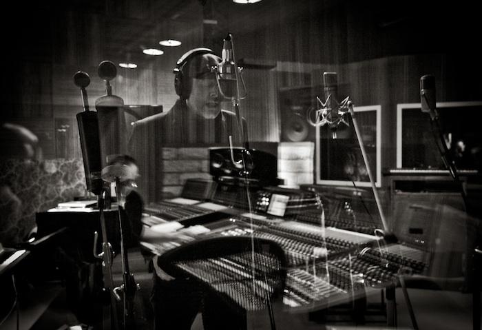 Gregory Darling - Rehearsing background vocals  (photo by Julian Lennon) ©JulianLennon2013