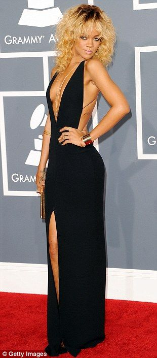 Rihanna Grammy Awards 2012