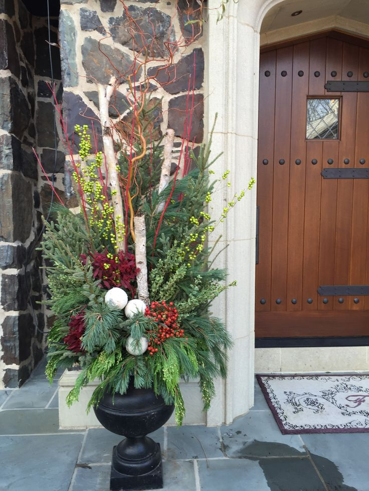 Winter Planter, Garden Design, Birch Poles, Spruce Tips, Incense Cedar, www.sarahscottagecreations.com