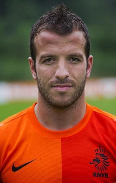 23 - Rafael van der Vaart