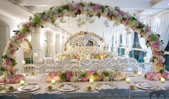 Matrimonio elegante tra camei, fiori delicati e leggende napoletane | Cira Lombardo Wedding Planner