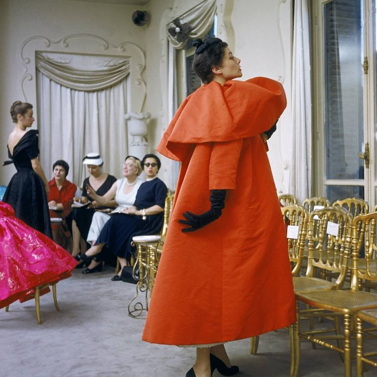 """5,168 Likes, 32 Comments - Victoria and Albert Museum (@vamuseum) on Instagram: """"Salon shows were a serious affair for Cristóbal #Balenciaga, with no music and unconventional…"""""""