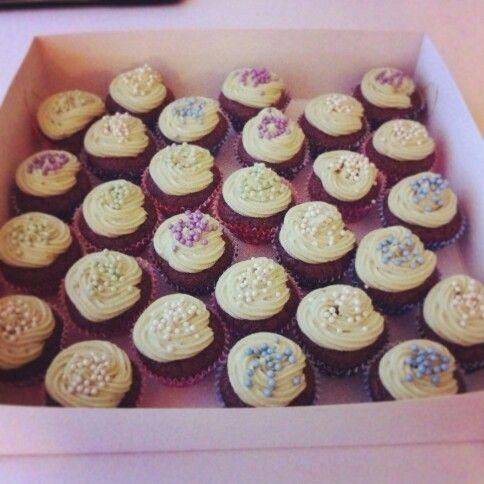 A custom order of vegan peanut butter cupcakes