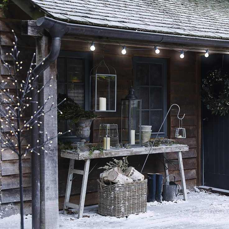 The White Company | Grey Metal Crook. Shopping from the US? -> http://us.thewhitecompany.com/Home-%26-Bath/Decorative-Accessories/Gray-Metal-Crooks---Set-of-2/p/GAHGC?swatch=Gray
