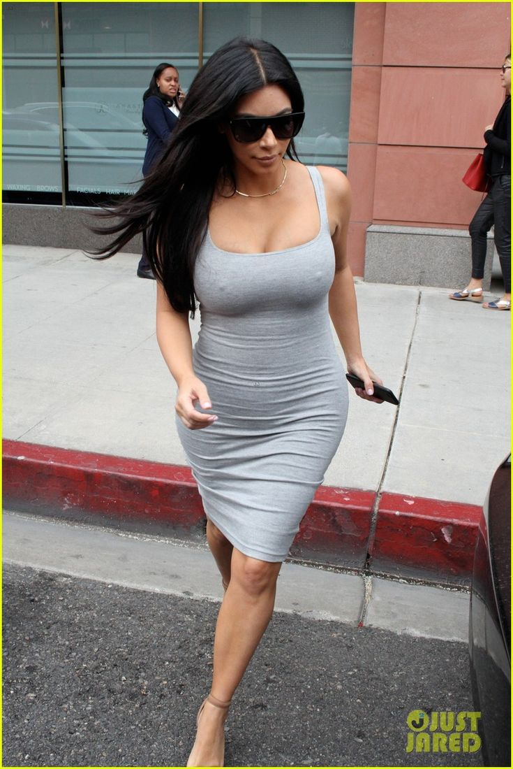 kim kardashian daughter north stole kanye west necklace 01 Kim Kardashian shows off her curves while dropping by Anastasia salon on Friday (June 12) in Beverly Hills, Calif.     Earlier in the day, the 34-year-old pregnant…