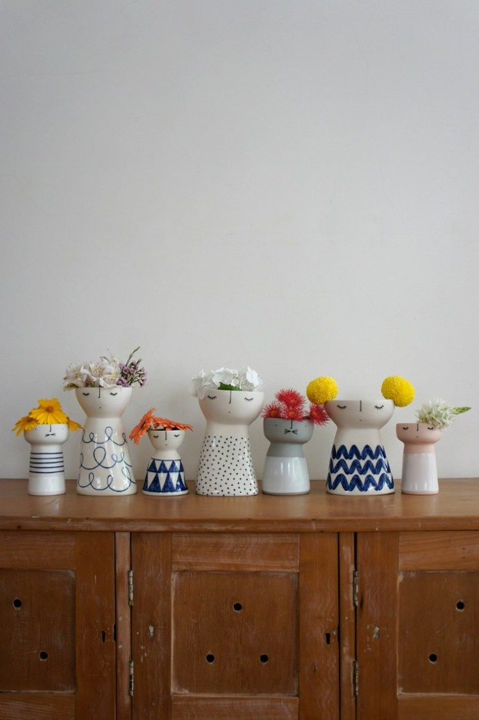 Ceramic Vases by talented Australian artists Vanessa Holle. Meet this creative ceramic artists over on The Life Creative blog.