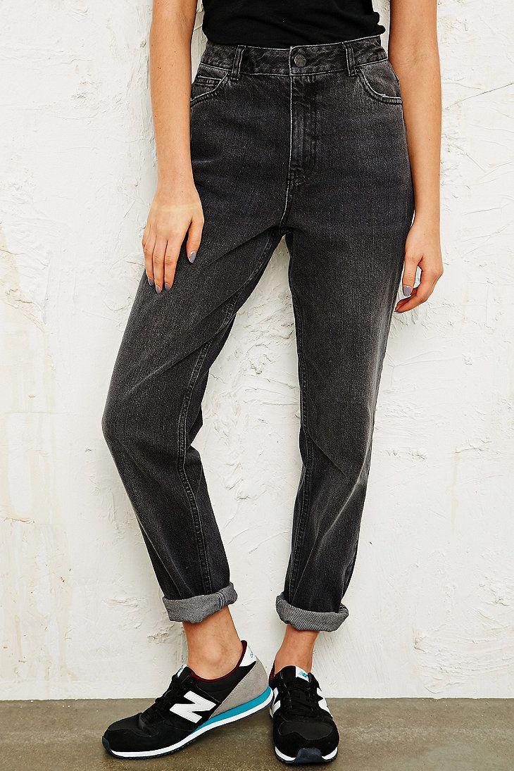 BDG Mom Jeans in Black Wash