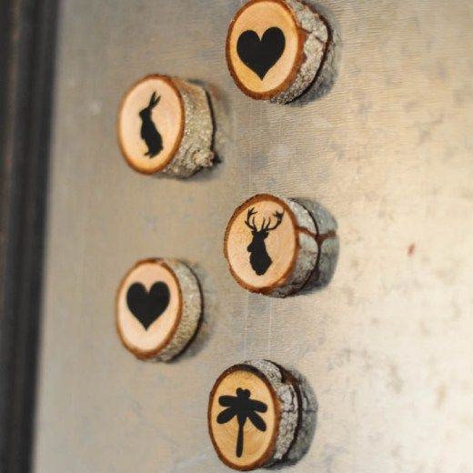 DIY Wood Slice Roundup-like the fridge magnets but would choose different pics