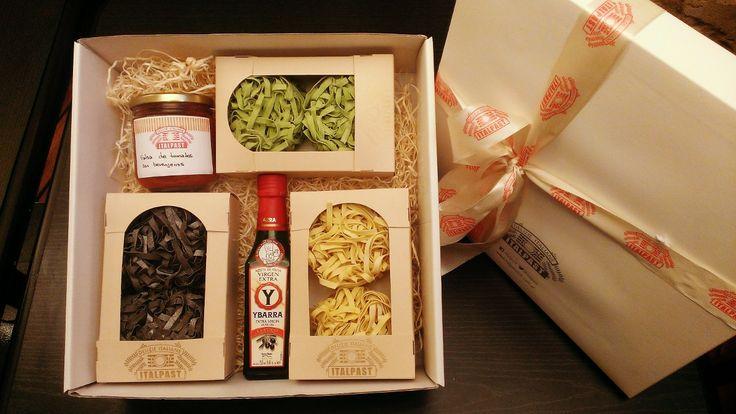 Gift Box Pasta - pastas, aceite y salsa casera