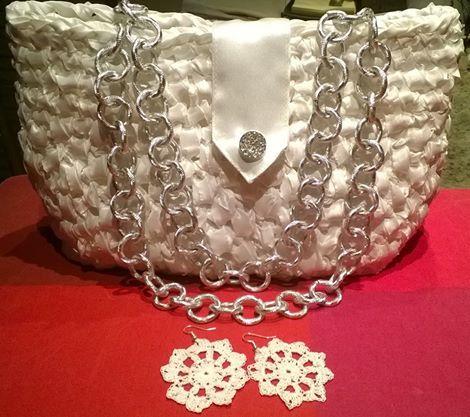 earrings and bag crochet