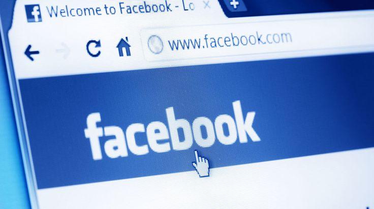 Facebook vai entregar propaganda política russa ao Congresso dos EUA - Jornal O Globo https://oglobo.globo.com/mundo/facebook-vai-entregar-propaganda-politica-russa-ao-congresso-dos-eua-21853179?utm_campaign=crowdfire&utm_content=crowdfire&utm_medium=social&utm_source=pinterest
