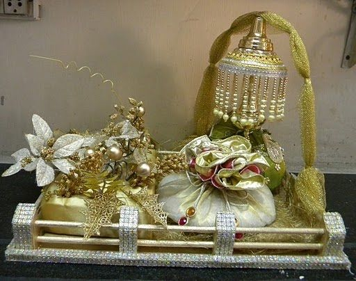 diwali+gift+wrapping+ideas | trousseau packing wedding packing ring ceremony tray decorative tray ...