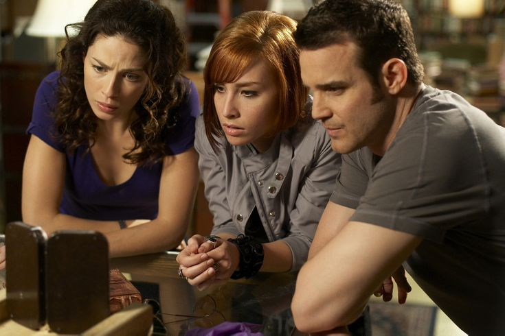 Pete + Myka have 1 last adventure in opening clip from Warehouse 13's series finale