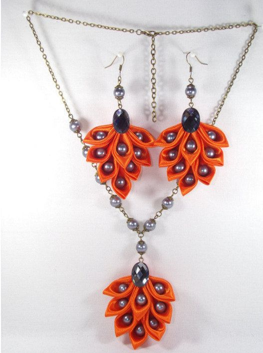 Ornament earrings and necklace kanzashi in orange satin and pearls glass grey