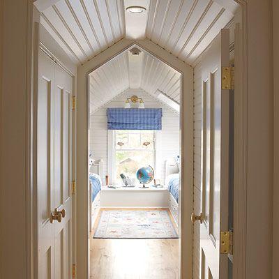 closet hallway!Old House, Kids Bedrooms, Attic Bedrooms, Attic Spaces, Attic Closet, Bedrooms Suits, Finish Attic, Bunk Room, Closets Spaces
