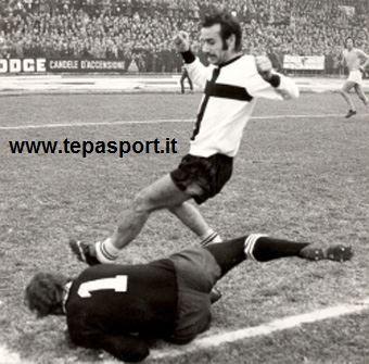 Tantissimi auguri al mitiico Alberto Rizzati  (Ferrara, 19 aprile 1945)  ⚽️ C'ero anch'io ... http://www.tepasport.it/ 🇮🇹 Made in Italy dal 1952