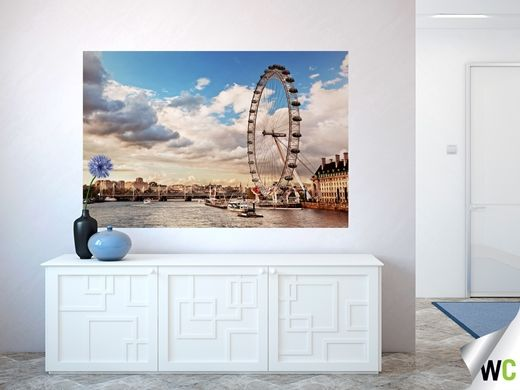 Some interesting wall art of the London Eye and surrounding view - perfect for an entry hallway!