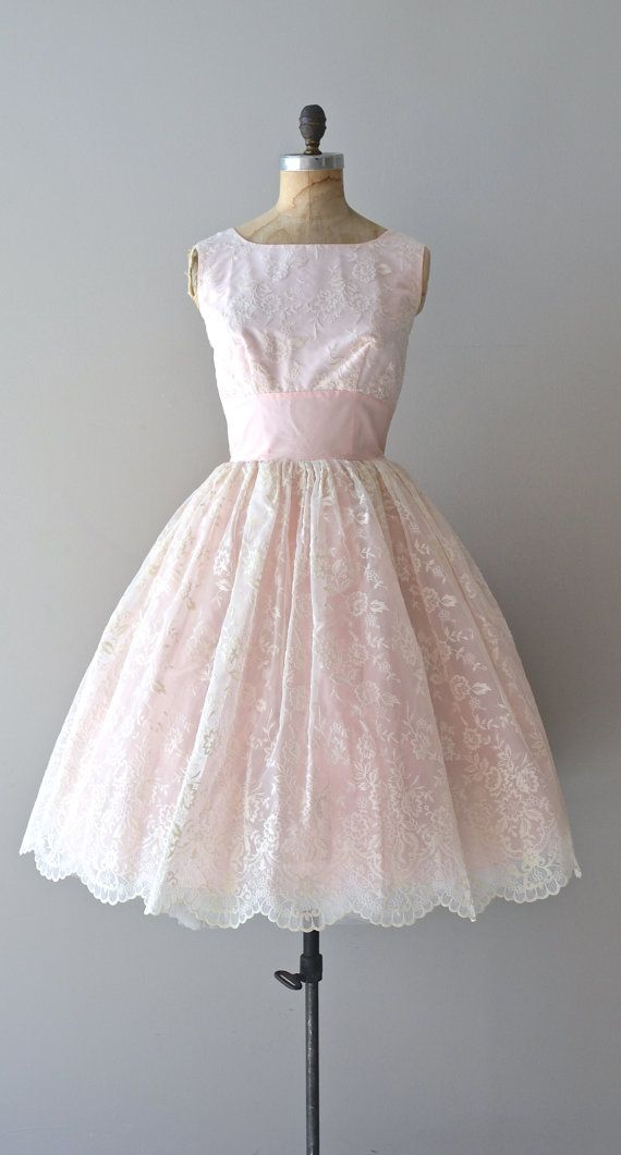 vintage 1950s #promdress #dress #1950s #partydress #vintage #frock #retro #teadress #petticoat #romantic #feminine #fashion