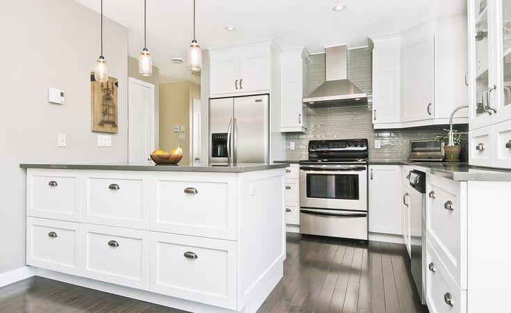 Armoires de cuisine blanches recherche google d co for Armoire de cuisine shaker