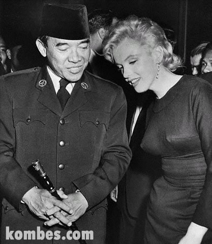 Soekarno and Marlyn Monroe