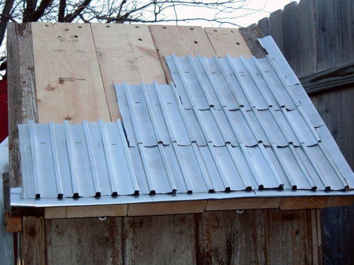 Cómo hacer tejas caseras reciclando latas de aluminio. Fácil y gratis!
