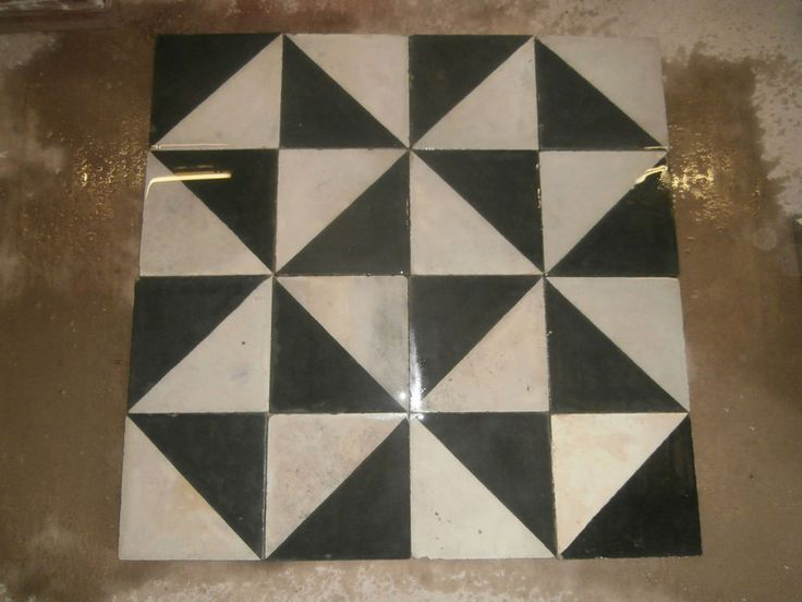Antique Victorian tiles - set of  250 tiles - 107sq ft of surface