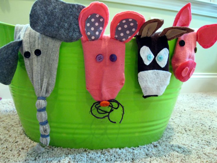 how to make animal puppets from socks