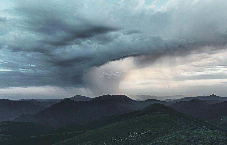 Orage sur les montagnes du #PaysBasque #outdoor