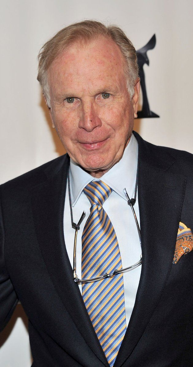 Wayne Rogers, Actor: M*A*S*H. Tough around the edges and with a handsome durability, Alabama-born Wayne Rogers had graduated from Princeton with a history degree in 1954 and joined the Navy before giving acting a thought. During his military service, however, he became associated with theater by happenstance and decided to give it a try after his discharge. He started things off by studying with renown actor Sanford Meisner ...