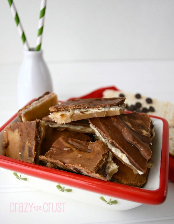 Peanut Butter Chocolate Bark and a Holiday Recap Round-Up Peanut Butter Chocolate