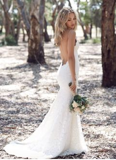 Trumpet/Mermaid V-neck Sweep Train Lace Wedding Dress