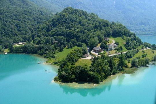 Savoie : lac d'Aiguebelette