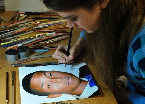 20-Year-Old Artist Creates Ultra-Realistic Portraits Using Only A Pack Of Colored Pencils (Photos)